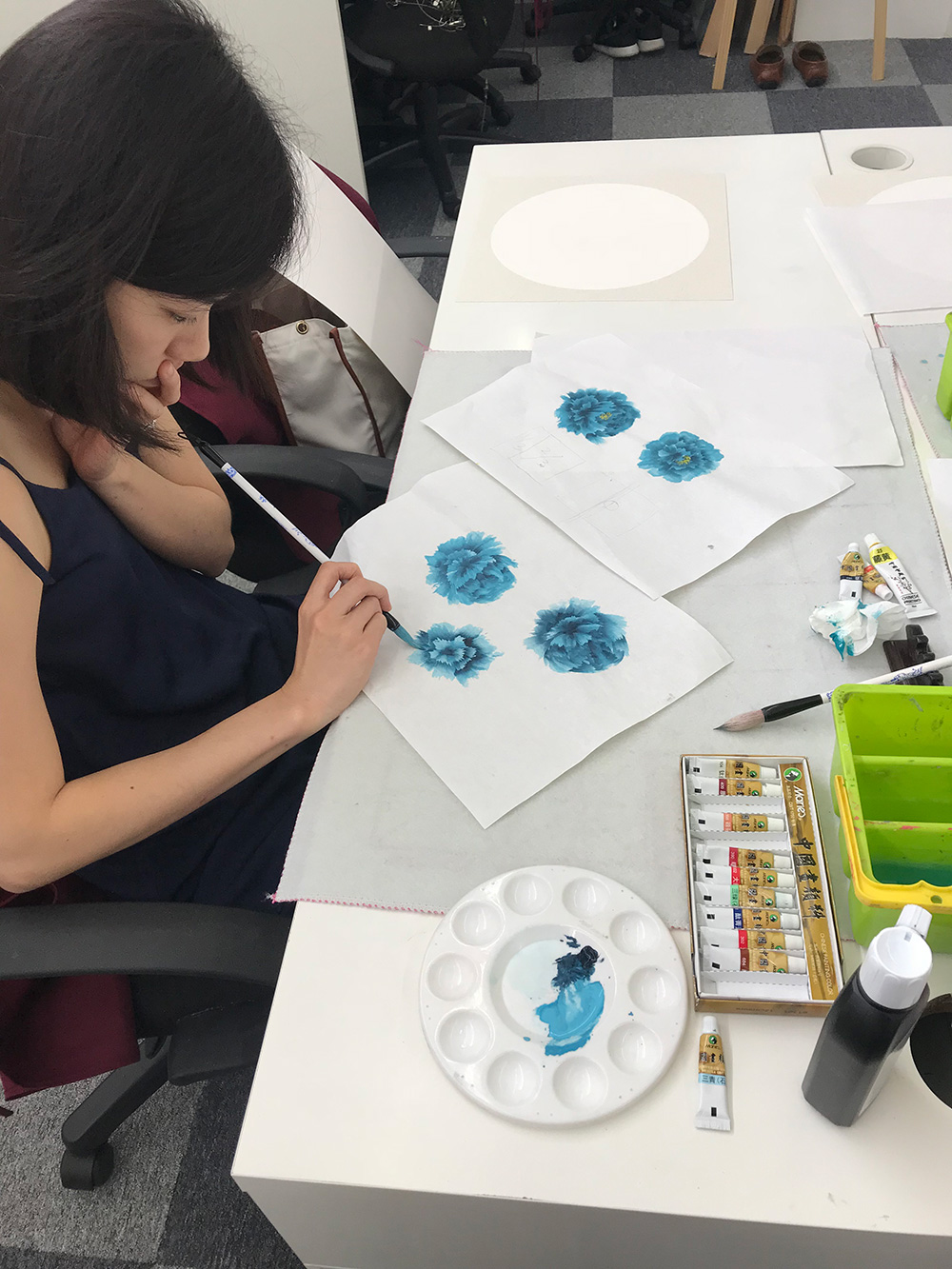 chinese painting workshop - painting peony
