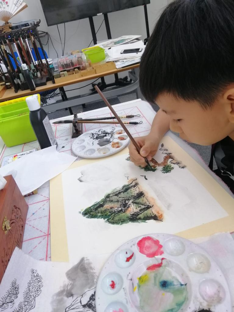Chinese painting course for kids - mountain